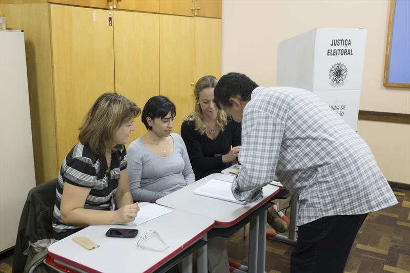 Nova eleição acontece dia 10 de novembro.